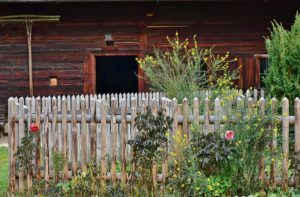 3 Ways to Put Fences Around Small Properties