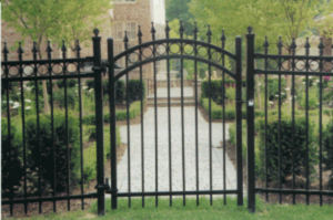 How to Select the Right Fencing Contractor